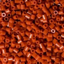 Hama beads Midi Marrón rojizo. Mil piezas
