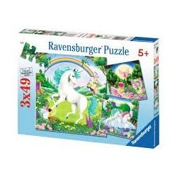 Puzzle Ravensburguer de 3 x 49 piezas. Mundo de ensueño