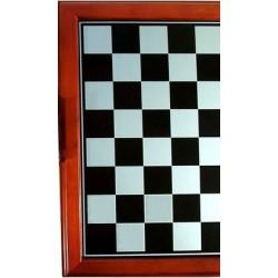 Tablero de ajedrez color plata oscuro con marco rojo
